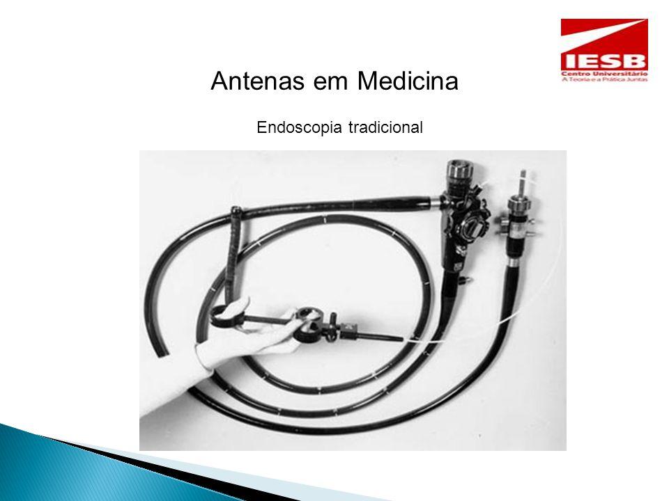 Antenas de Cápsulas Ingestivas O desafio é projetar uma antena miniaturizada, com desempenho excelente, para operar no ambiente do corpo humano dentro desses sistemas de pílulas inteligentes.
