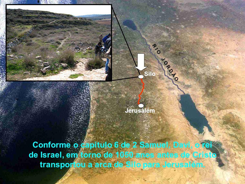 Segundo fontes do Talmude, a tenda descansou em Silo por 369 anos. (Zevachim 118B) A tenda deixou Silo quando Eli o Sumo Sacerdote morreu. Em algum mo