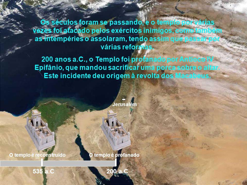 Jerusalém Conforme narra o livro de Neemias, os judeus tiveram grandes dificuldades na reconstrução tanto do templo como da cidade. Foram muitas as op