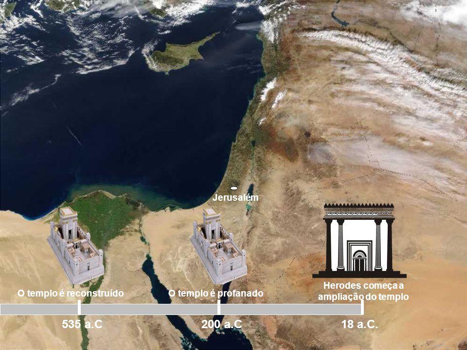 Jerusalém No ano 37 a.C, Herodes se tornou rei da Judéia. Desejoso em obter o favor dos judeus, Herodes propôs em fazer uma grande reforma no templo,