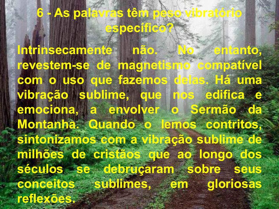Cada dia, reforma os títulos de tolerância para com as nossas dívidas; todavia, é de nosso próprio interesse levantar o padrão da vontade, estabelecer disciplinas para uso pessoal, reeducar a nós mesmos, ao contato do Mestre Divino.