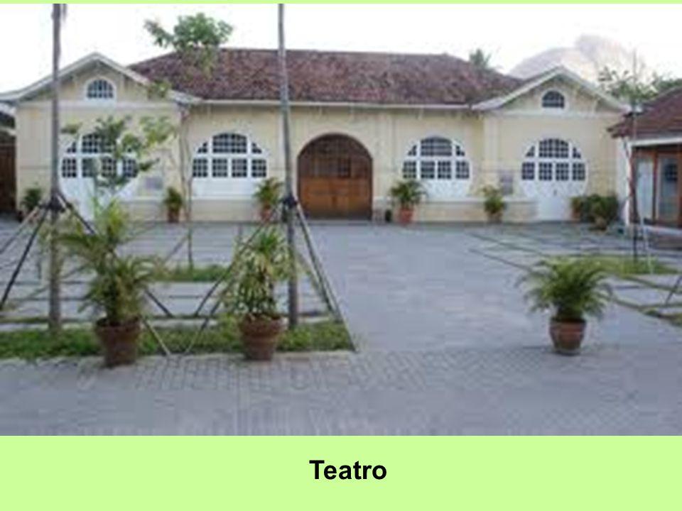 O Espaço Tom Jobim (ETJ) é parte do corredor cultural do Jardim Botânico do Rio de Janeiro. Antônio Carlos Jobim Foi criado em 2.008 e seu nome homena