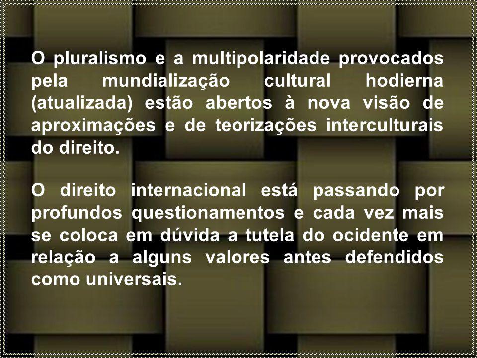 Na prática, os direitos humanos não se denominam universais, pois não são garantidos de maneira universal a todos os seres humanos e muitas vezes são violados no mundo todo.