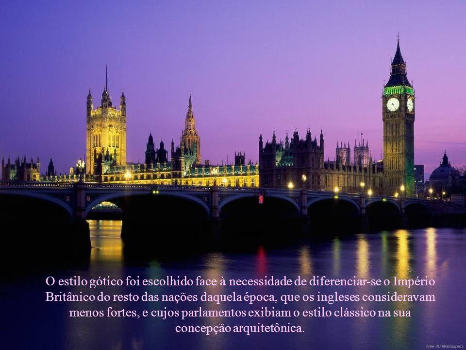 Para reforçar esta identificação do Big Ben com o reino, as faces do relógio são iluminadas durante as sessões do Parlamento britânico.