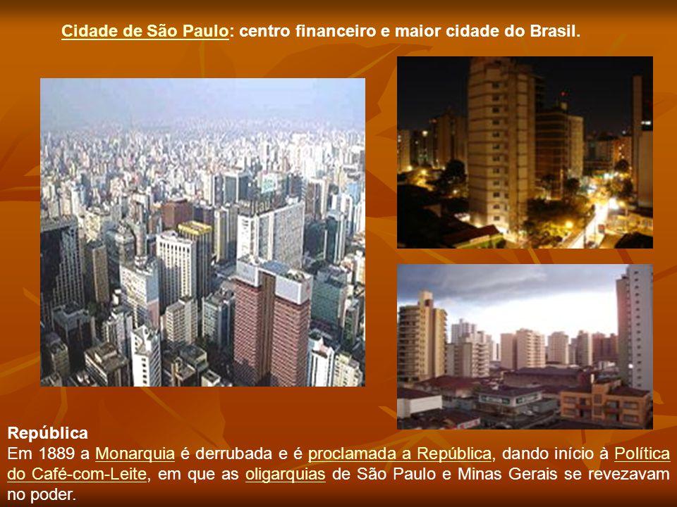 República Em 1889 a Monarquia é derrubada e é proclamada a República, dando início à Política do Café-com-Leite, em que as oligarquias de São Paulo e