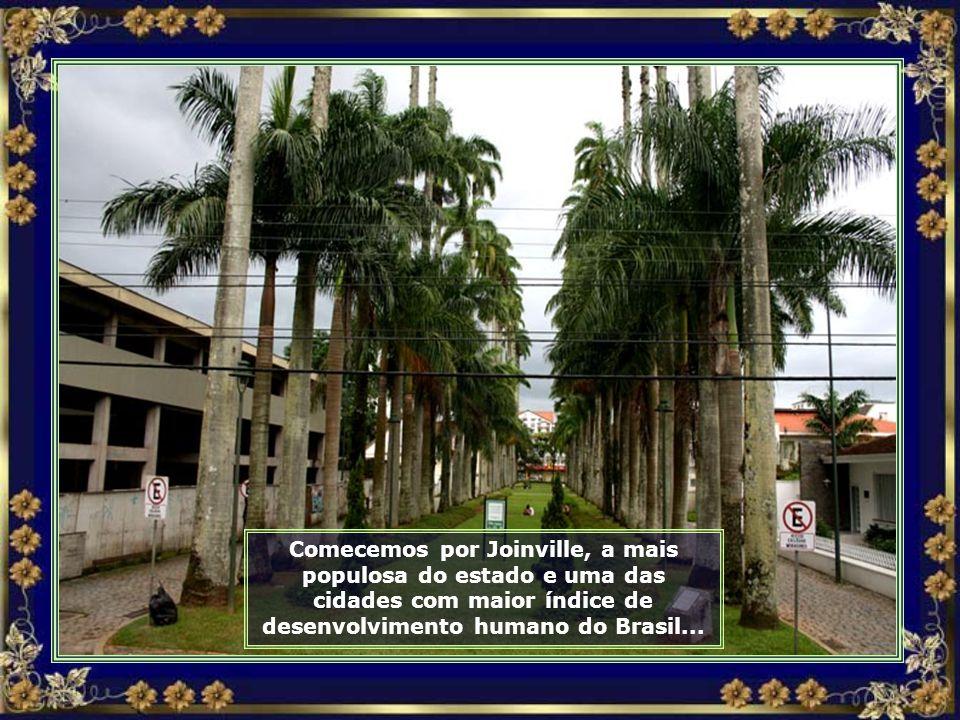 Nosso destino de hoje é o estado de Santa Catarina, um passeio por algumas de suas cidades e festas típicas...