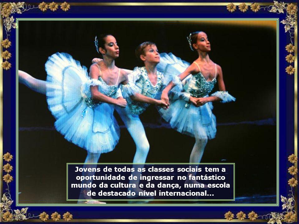 Encontra-se em Joinville a única Escola do Teatro Bolshoi fora da Rússia...