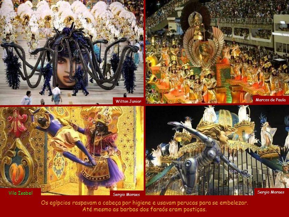 Antonio Scorza Tranças indicam submissão, como provam as tranças dos chineses, das mulheres russas e até as de Rapunzel.