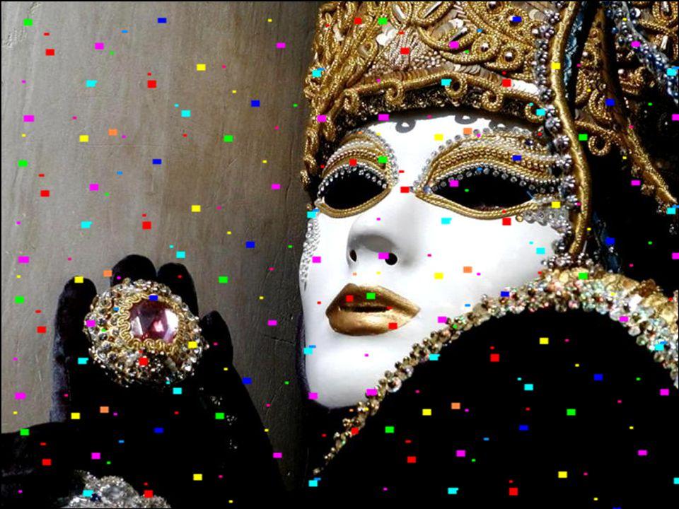 Diferenciando-se do Brasil. No Rio de Janeiro, hoje o evento mais importante, do carnaval são os bailes de salão, e os desfiles das escolas de samba.