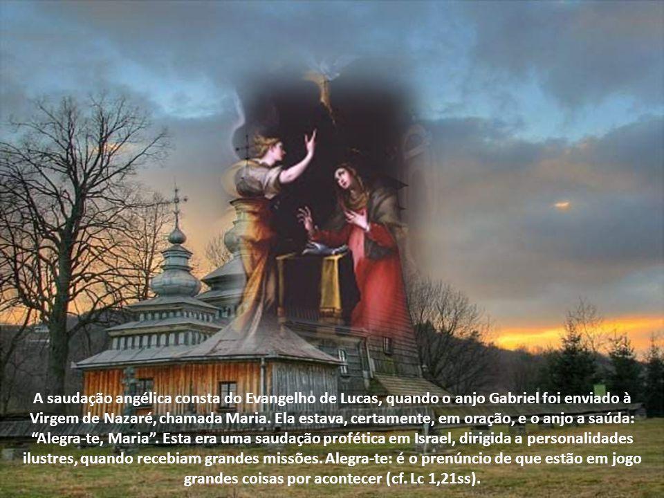 A saudação angélica consta do Evangelho de Lucas, quando o anjo Gabriel foi enviado à Virgem de Nazaré, chamada Maria.