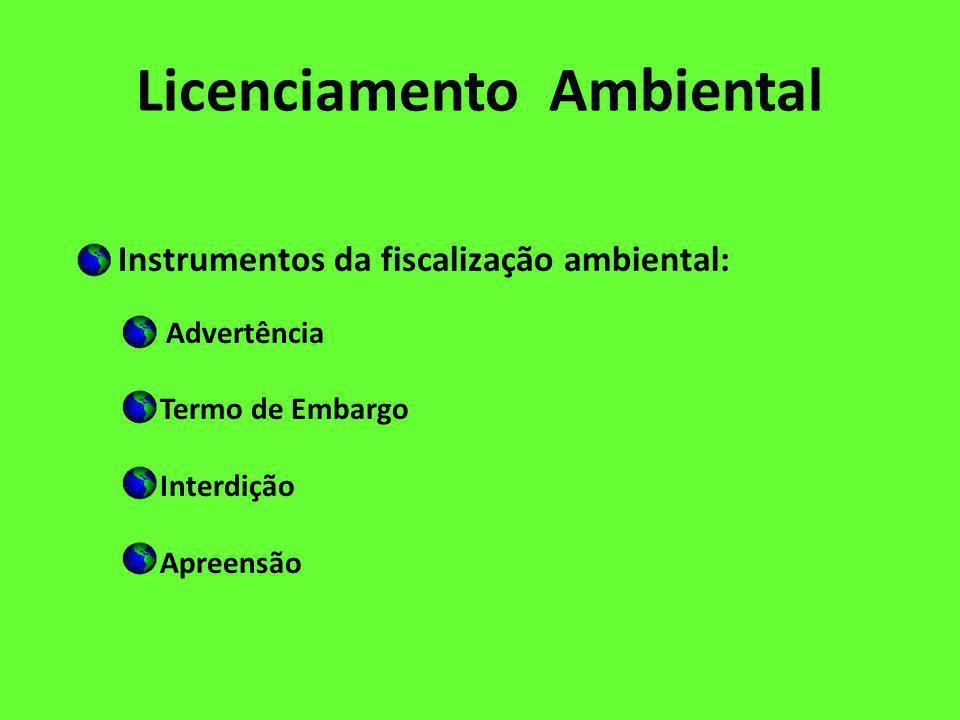 Licenciamento Ambiental - O licenciamento inclui a localização, instalação, ampliação e operação de atividades utilizadoras de recursos ambientais que, sob qualquer forma, possam causar degradação ambiental; - O processo de licenciamento ambiental, em qualquer das suas etapas, será inteiramente custeado pelo empreendedor, que deverá ressarcir o órgão licenciador por todos os custos envolvidos no processo; - Os impactos ambientais negativos decorrentes da implantação do empreendimento devem ser previstos, corrigidos, mitigados e compensados;