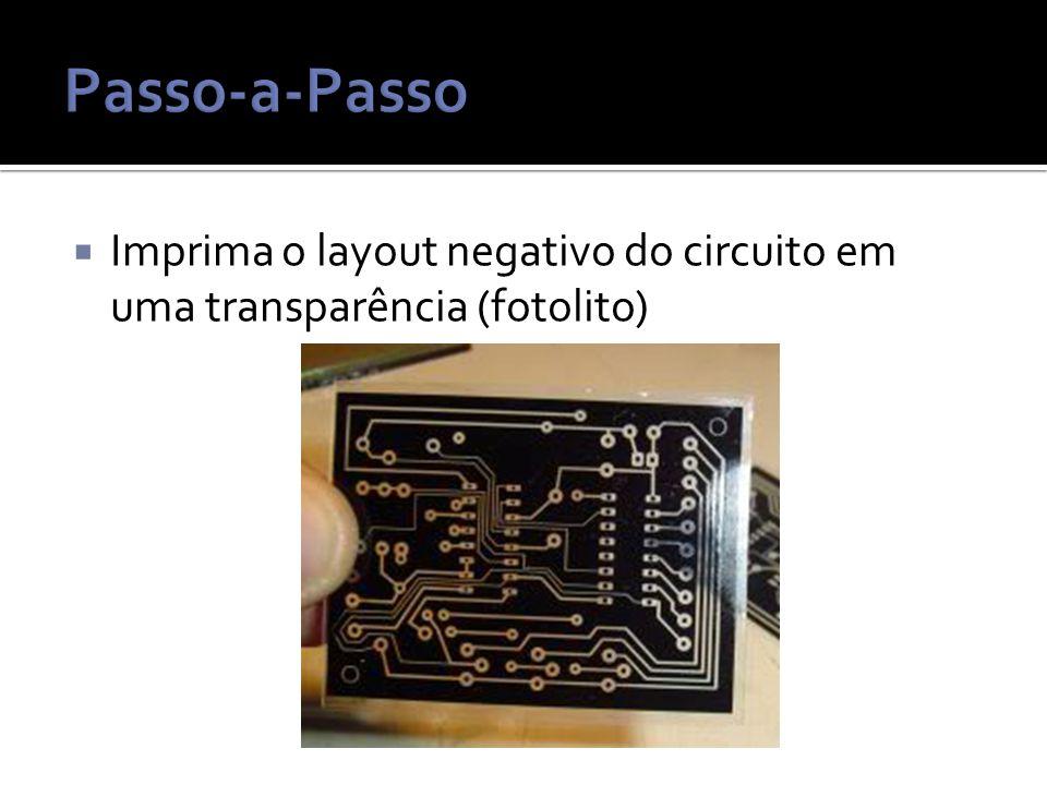  Imprima o layout negativo do circuito em uma transparência (fotolito)