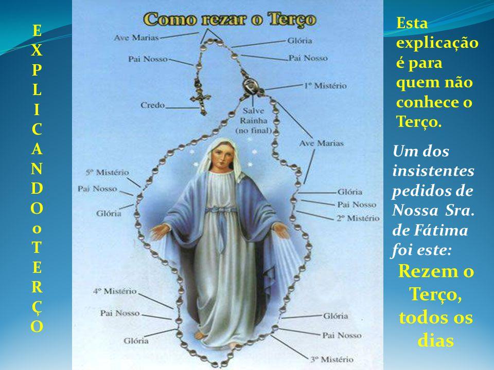 Antes de iniciar o Terço deve haver a procissão de entrada com uma imagem da Padroeira(o) da Paróquia/Igreja/Capela, a qual dever ser conduzida por um dos membros, e acompanhada por mais ou menos entre seis a dez homens.