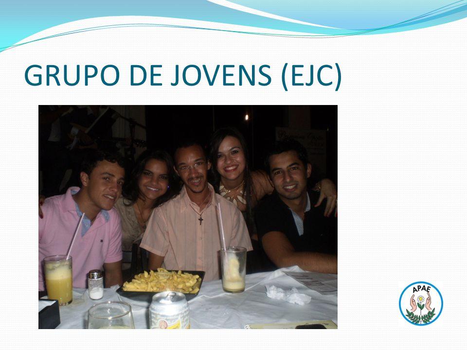 GRUPO DE JOVENS (EJC)