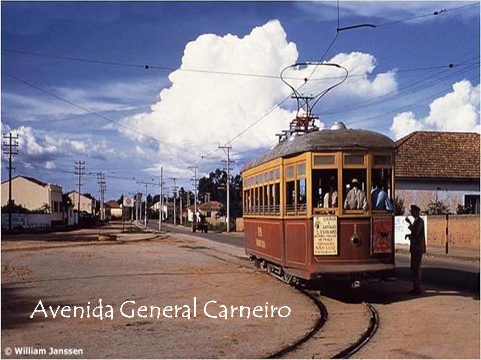 Avenida General Carneiro