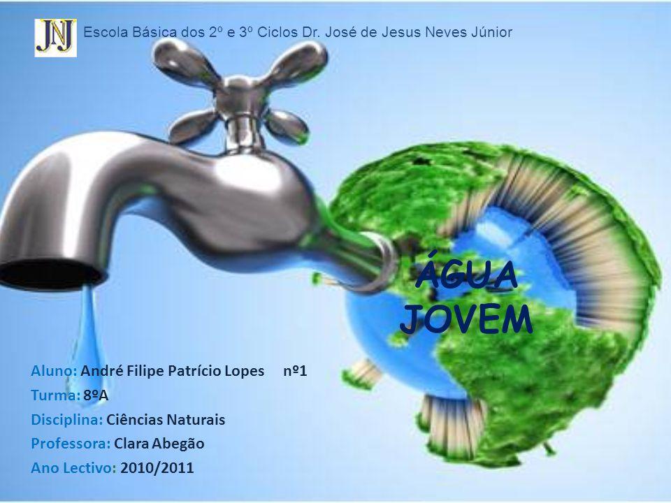 A água é uma substância química composta por hidrogénio e oxigénio (H 2 O), essencial para todas as formas de vida.