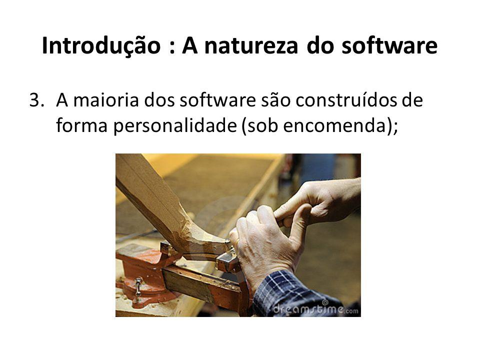 Fundamentos da Engenharia de Software Apesar de diferentes aplicações, existem fundamentos que se aplicam a todos os tipos de sistemas de software.