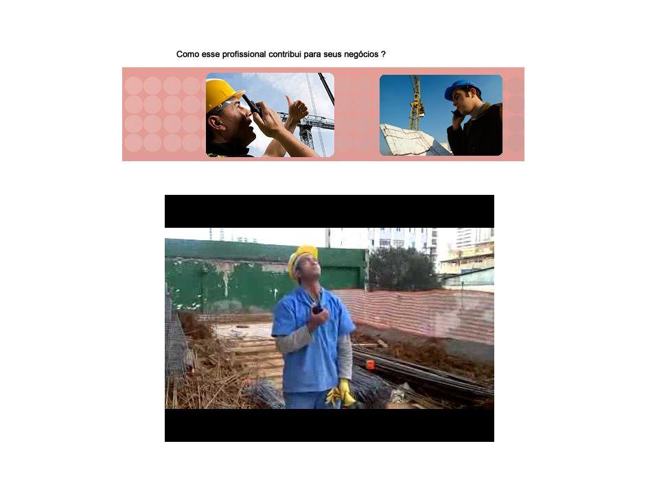 g) antes da fixação de pinos por ferramenta de fixação a pólvora, devem ser verificados o tipo e a espessura da parede ou laje, o tipo de pino e finca-pino mais adequados, e a região oposta à superfície de aplicação deve ser previamente inspecionada; h) o operador não deve apontar a ferramenta de fixação a pólvora para si ou para terceiros.