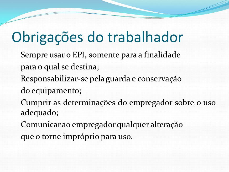 TRABALHOS EM ALTURAS Trabalhos em andaimes Os andaimes devem ter pisos com forração completa, sem a utilização de tábuas improvisadas.