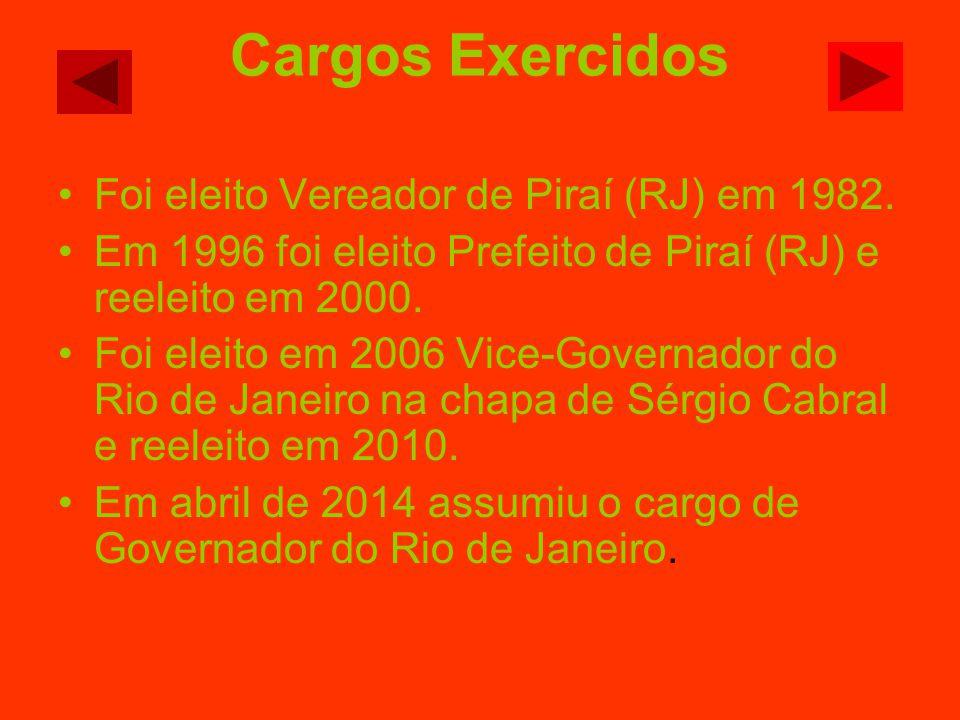 Foi eleito Vereador de Piraí (RJ) em 1982. Em 1996 foi eleito Prefeito de Piraí (RJ) e reeleito em 2000. Foi eleito em 2006 Vice-Governador do Rio de