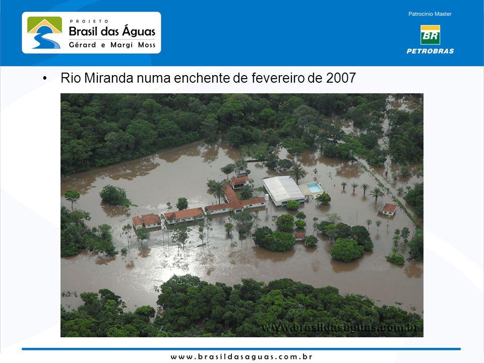 Rio Miranda numa enchente de fevereiro de 2007