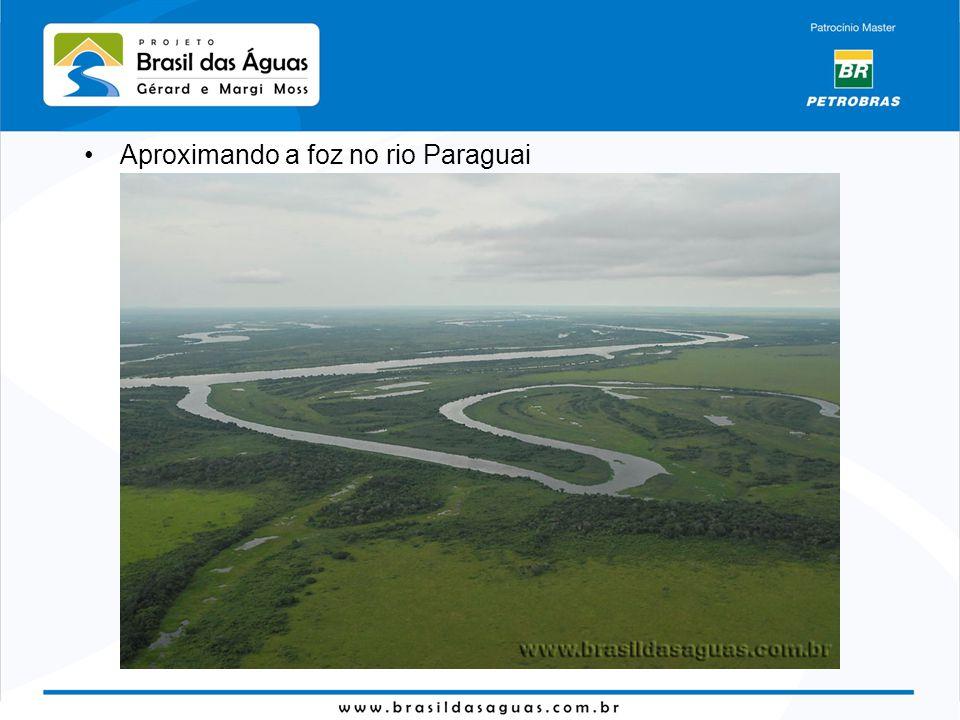 Aproximando a foz no rio Paraguai