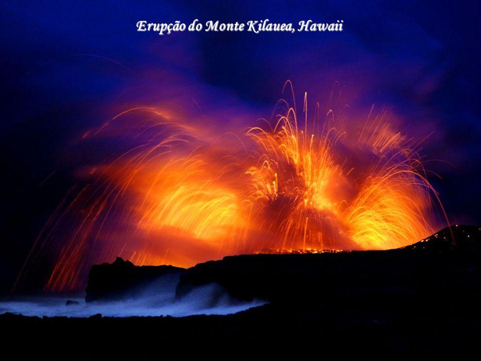 Cratera no Monte Kilauea