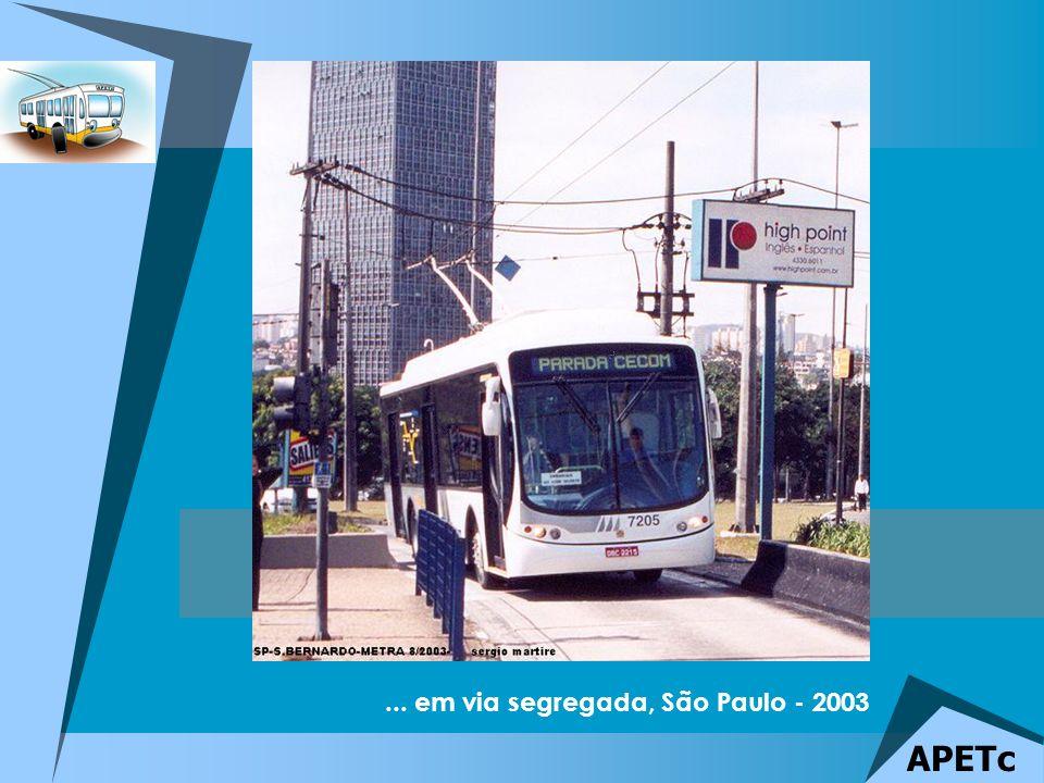... em via segregada, São Paulo - 2003 APETc