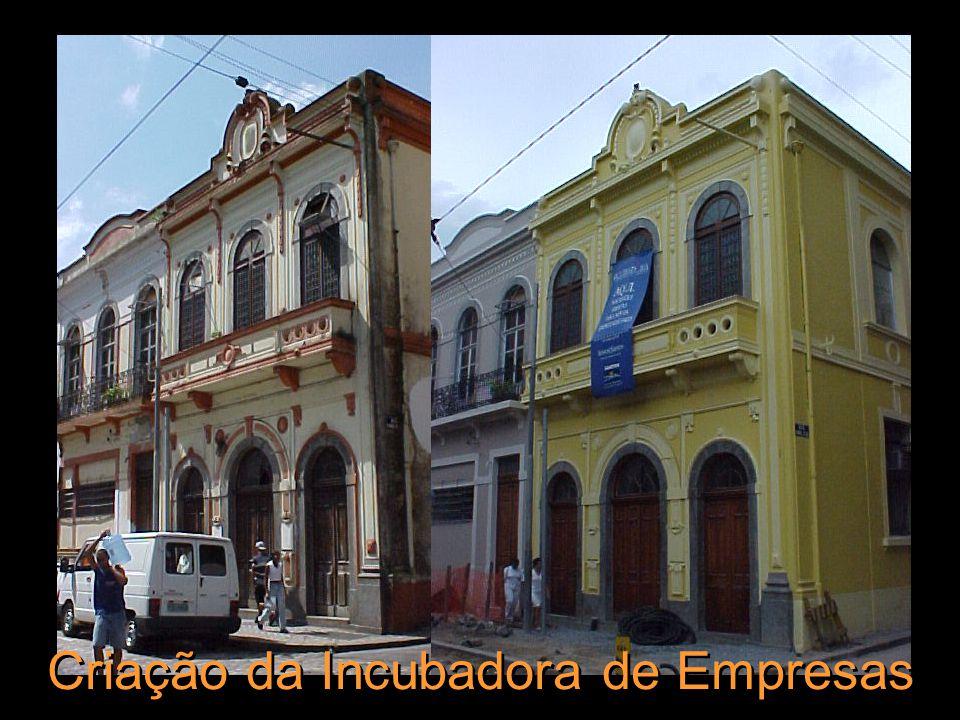 Reurbanização da Rua XV de Novembro Rua do Comércio, Rua Tuyuti, Rua S.