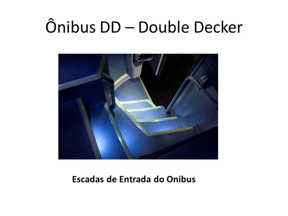Escadas de Entrada do Onibus