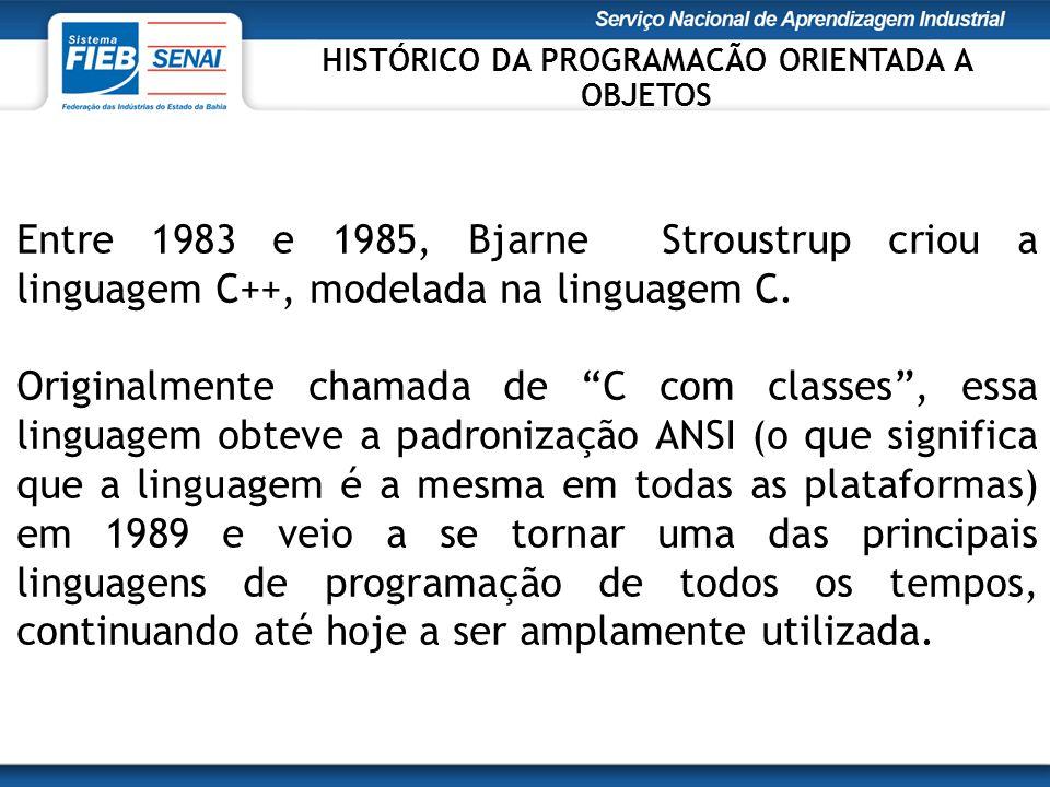 """Entre 1983 e 1985, Bjarne Stroustrup criou a linguagem C++, modelada na linguagem C. Originalmente chamada de """"C com classes"""", essa linguagem obteve a"""