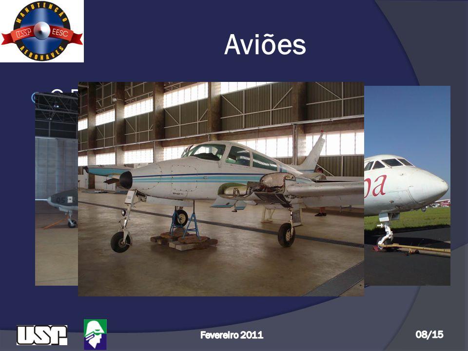 Aviões  O Departamento de Engenharia Aeronáutica possui 03 aviões: - Cessna 310 K – 0240 - Yakovlev 40 - Xavante AT 26