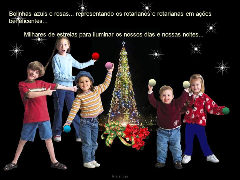 Ria Slides Bolinhas verdes representando a nossa esperança para o próximo ano...