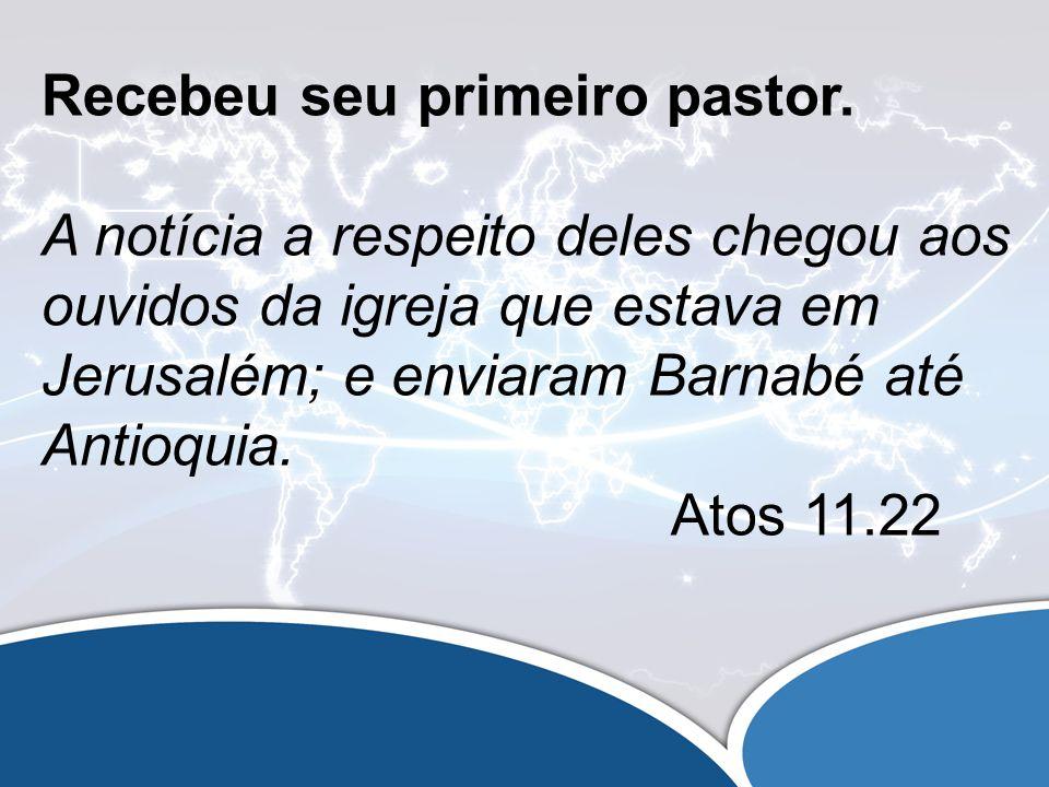 Tinha ensino Bíblico E partiu Barnabé para Tarso à procura de Saulo; tendo-o encontrado, levou-o para Antioquia.
