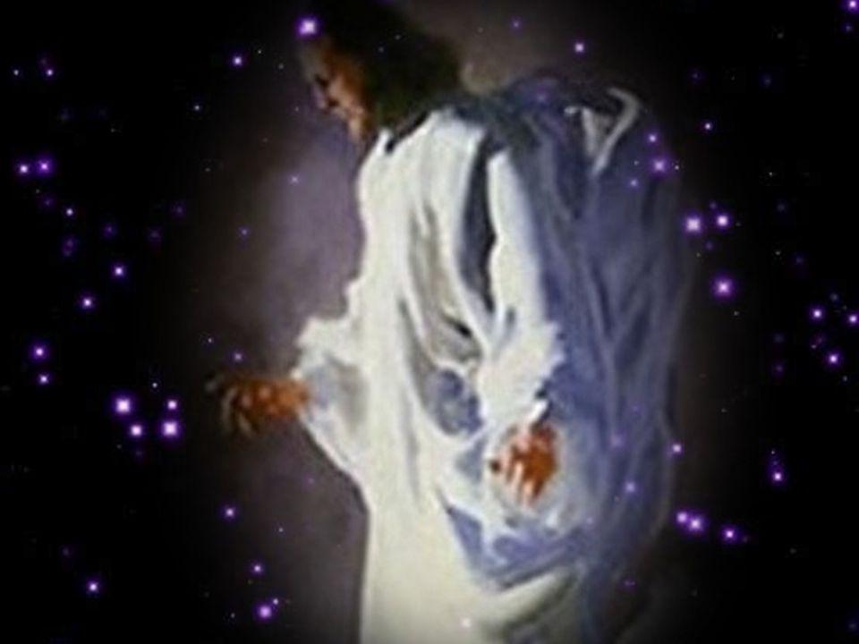 Tema do Domingo da Ascensão A Festa da Ascensão de Jesus, que hoje celebramos, sugere que, no final do caminho percorrido no amor e na doação, está a vida definitiva, a comunhão com Deus.