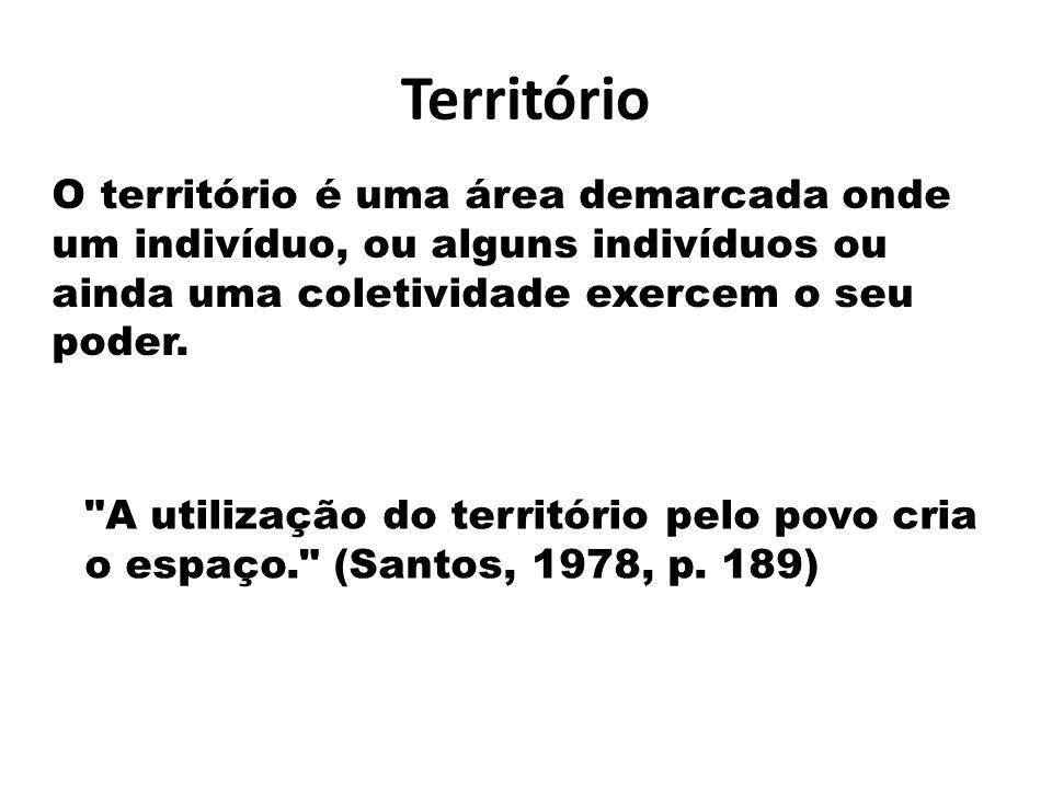Território O território é uma área demarcada onde um indivíduo, ou alguns indivíduos ou ainda uma coletividade exercem o seu poder.