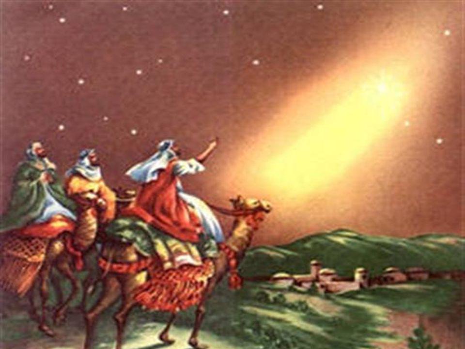 A primeira leitura anuncia a chegada de um menino , da descendência de David, dom de Deus ao seu Povo; esse menino eliminará a guerra, o ódio, o sofrimento e inaugurará uma era de alegria, de felicidade e de paz sem fim.