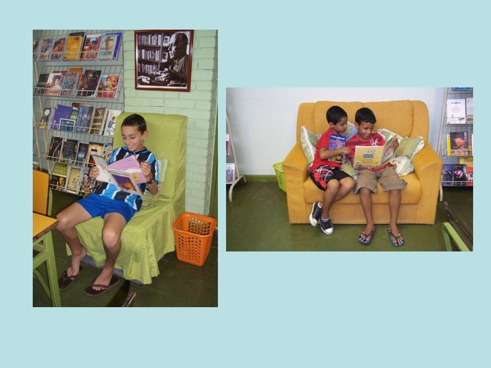 Semana Literária Durante a semana os alunos juntamente com a professora da turma, realizam atividades referentes à alguma obra literária, que depois vai ser apresentada para toda escola.