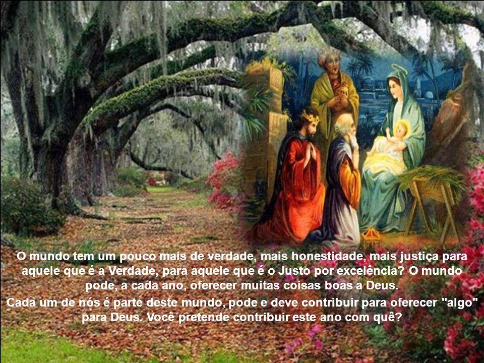 Todos os anos, os cristãos celebram o Natal, a Epifania. Deus nos é oferecido pequeno e impotente, sobre um presépio ou nas mãos de sua mãe, Maria, so