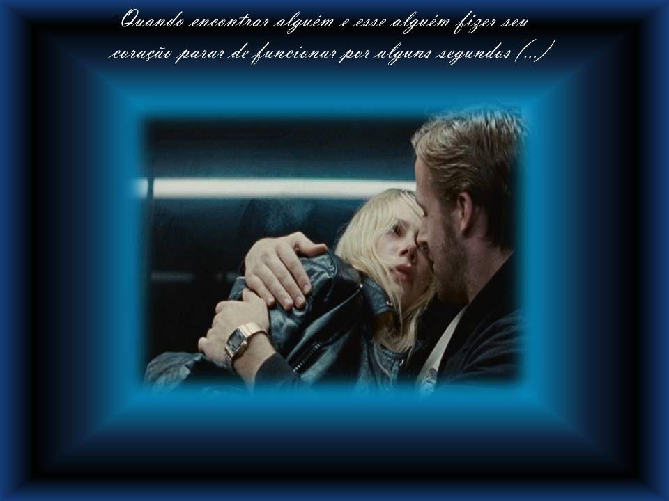 As almas se encontram nos lábios dos amantes Um beijo legítimo nunca vale um beijo roubado.
