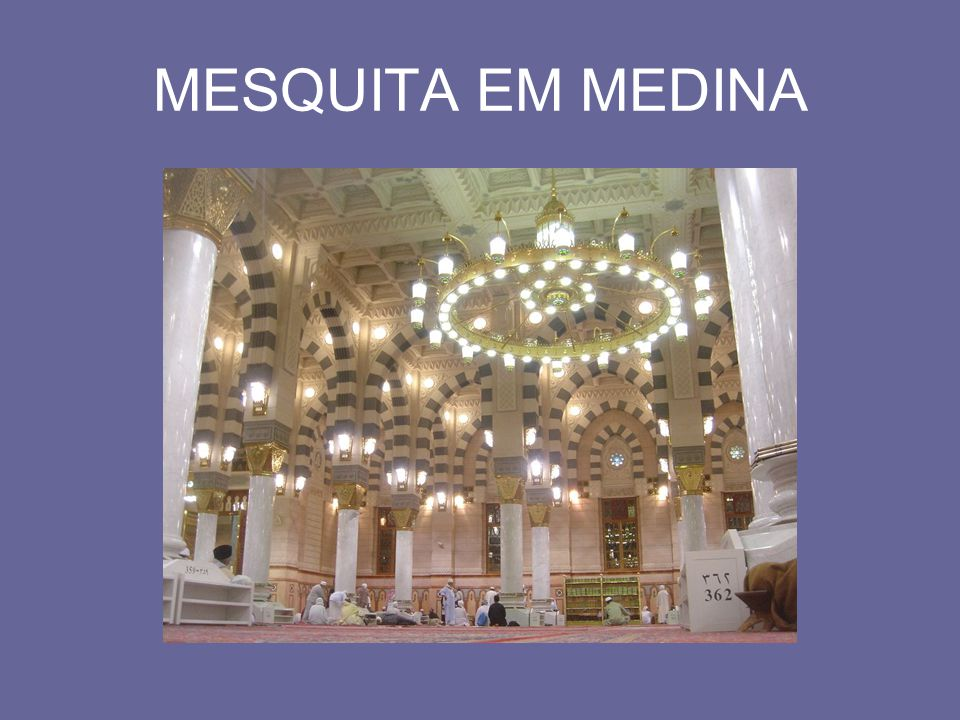 OS XIITAS E OS SUNITAS Os muçulmanos dividiram-se em xiitas e sunitas logo após a morte de Maomé.