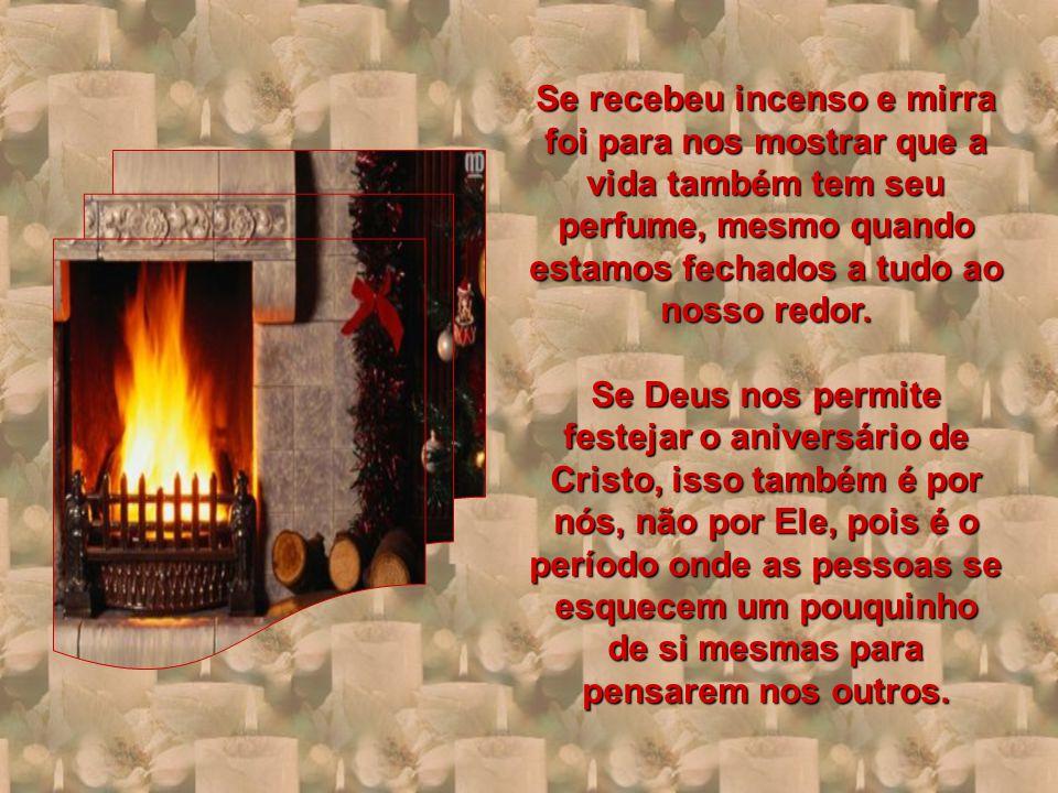 Natal é festa da simplicidade.Das crianças, dos Anjos, dos velhos...