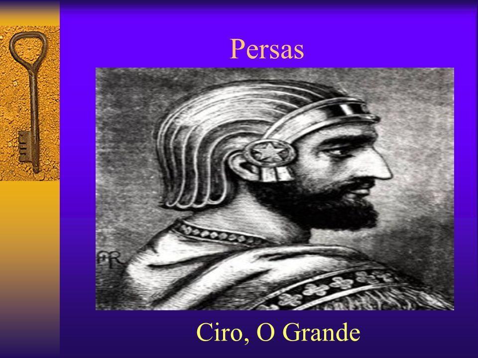 Sociedade Persa  No topo da sociedade:  Rei,  Sacerdote,  Nobreza territorial,  Militares,  Burocratas.