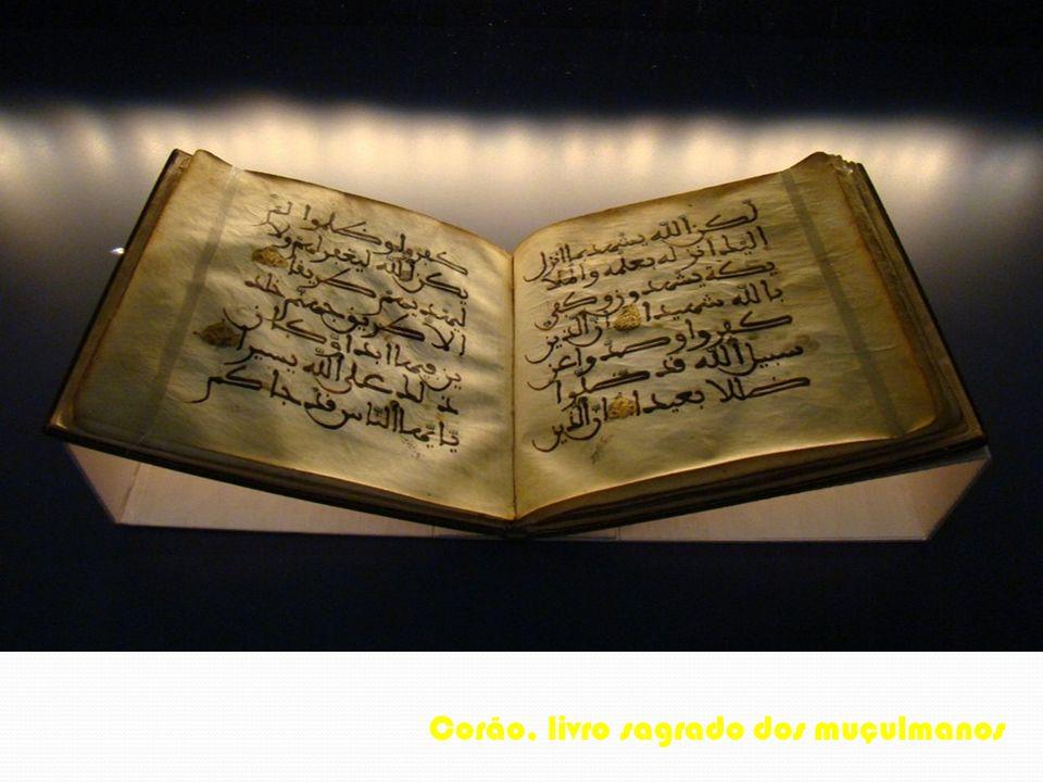 Corão, livro sagrado dos muçulmanos