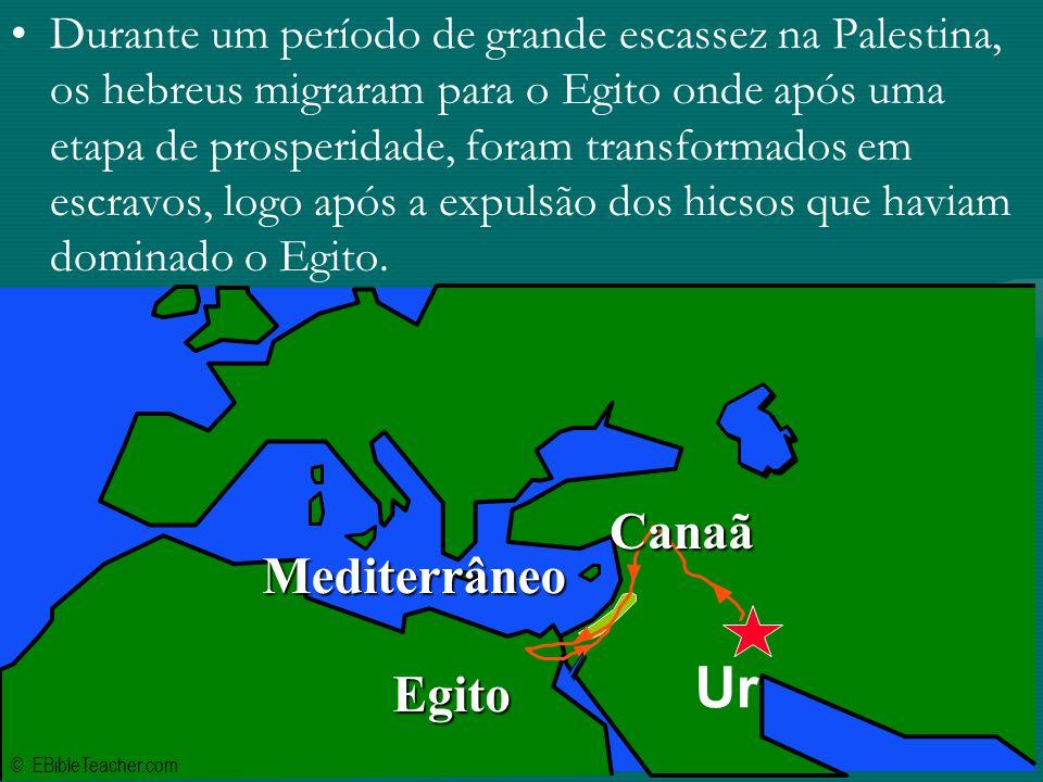 Durante um período de grande escassez na Palestina, os hebreus migraram para o Egito onde após uma etapa de prosperidade, foram transformados em escravos, logo após a expulsão dos hicsos que haviam dominado o Egito.
