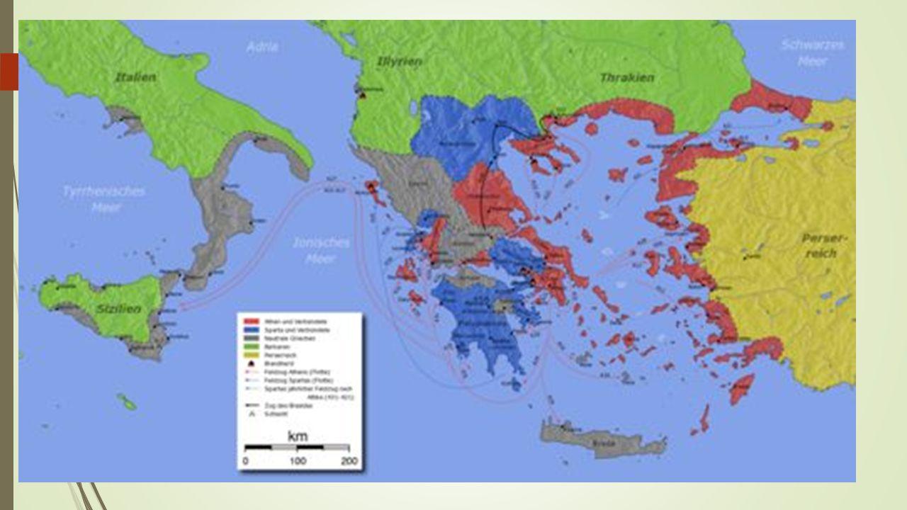 Cinco características das cidades gregas 1.NÃO FORMAVAM UM IMPÉRIO.