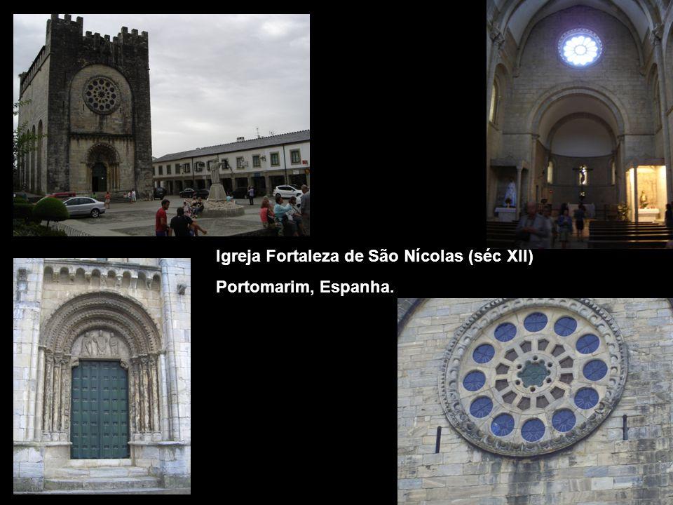 Igreja Fortaleza de São Nícolas (séc XII) Portomarim, Espanha.