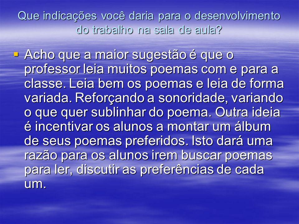 Cidadezinha (Carlos D.de Andrade) Cidadezinha cheia de graça...