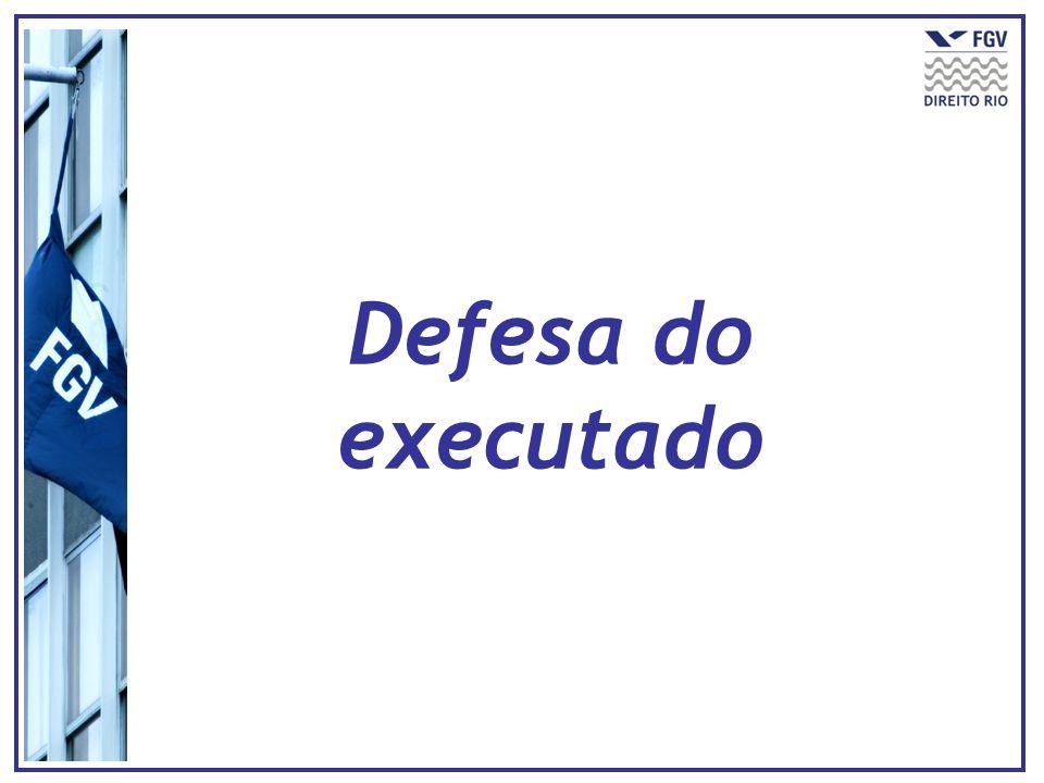 EXECUÇÃO (TÍTULO JUDICIAL OU EXTRAJUDICIAL) QUADRO ANTERIOR Indispensável garantir o juízo Embargos à execução REGRA: efeito suspensivo Exceção de pré- executividade
