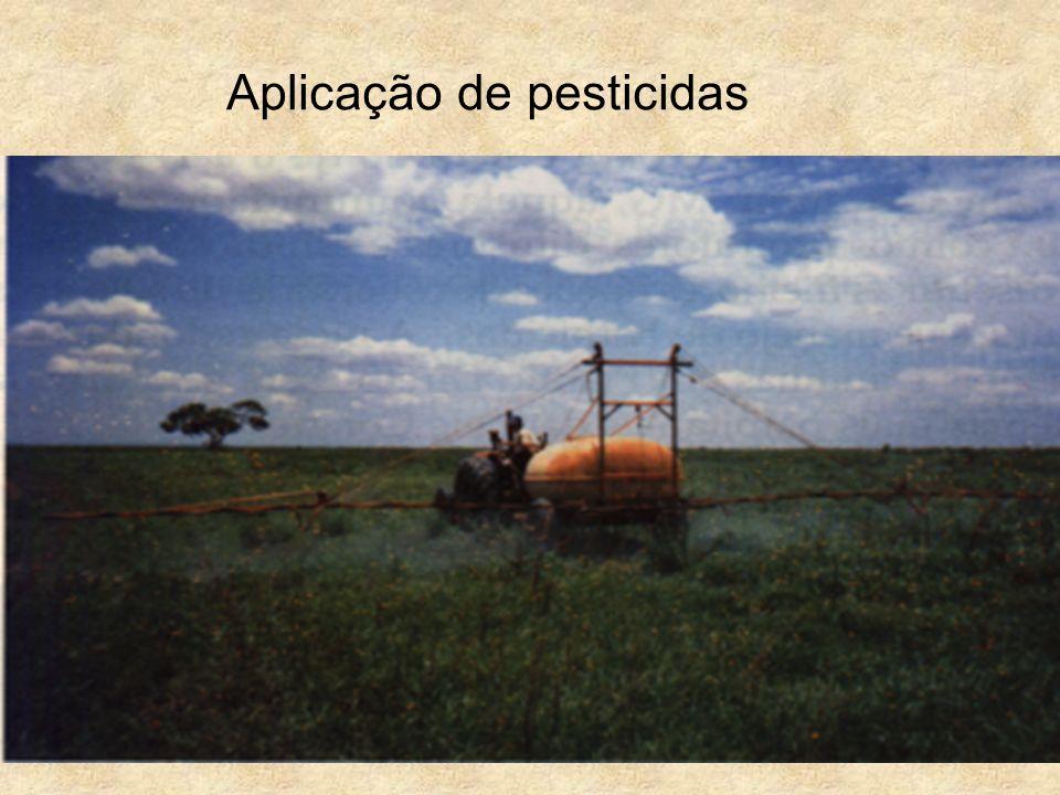 Aplicação de pesticidas